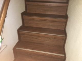 階段カーペットからフローリングへリフォーム:狭山市